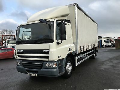06 Volvo FM 300 6x2 26Ton 26ft lift axle Curtainsider with moffett brackets