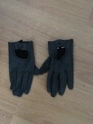 Mint condition Grey Leather Style Driving Gloves