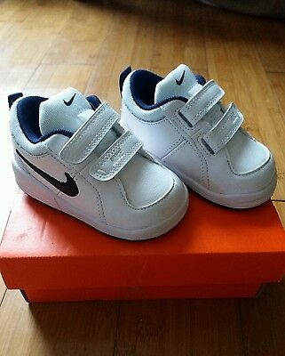 Infant boys Nike trainers size 3.5