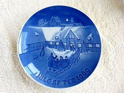 Bing & Grondahl B&G 1969 Arrival of Christmas Guests Norway Plate