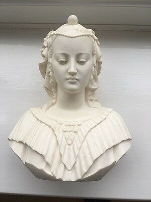 Very heavy Signed bust of a lady