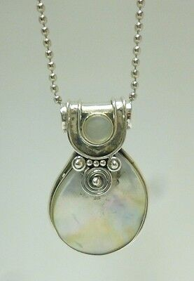 "VALENTINES Ethnic Sterling Silver & Mother of Pearl Pendant & 20"" Chain Necklace"