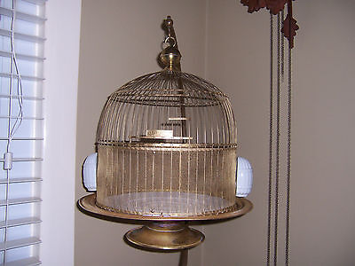 Vtg. ANTIQUE BIRD CAGE Brass HENDRYX Wire Beehive Dome Top Beautiful w/ FEEDERS