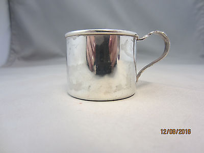 Vintage Lunt Sterling Silver 551 Baby Cup Fancy Handle Early 1900's L-2