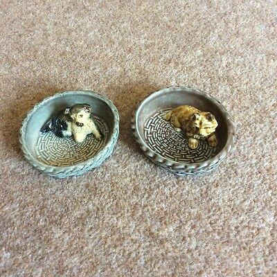 Wade Dog In Basket Figurines X2 Very Good Condition