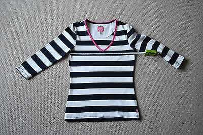 Joules Ladies V-Neck 3/4 Sleeve Stripy Top. Size: 8