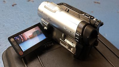Sony DCR-DVD110 DVD Handycam with X40 Zoom and Case