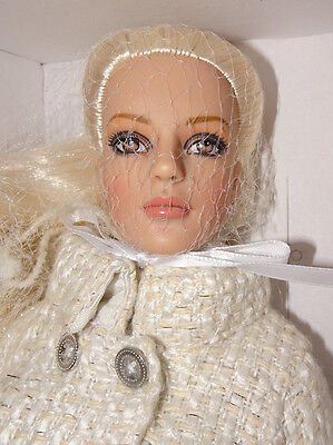 TONNER  SYDNEY CHASE WINTER WHISPER HTF NRFB FREE SHIP Tyler Wentworth Collectio