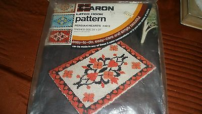 "Vintage Caron Latch Hook Rug Pattern/Canvas-Persian Hearts 20X27""-MIOP"