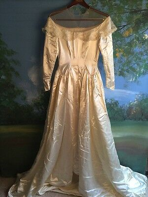 Vintage Candlelight Wedding Gown Chapel  Train Satin Sz S Small 4/6