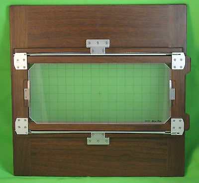 New Shen Hao 8x10 - 4x10 wooden (walnut) reducing back with ground glass