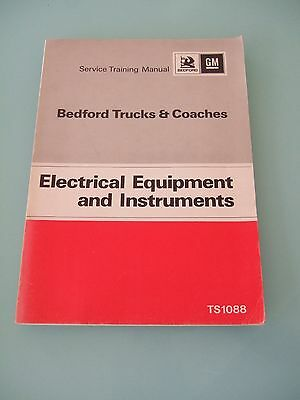 Vintage 1970's Bedford Trucks and Coaches Service Manual No/ TS1088 Excellent