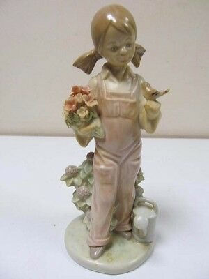 "Lladro Beautiful Porcelain Figurine ""Spring Girl  # 5217 1983"