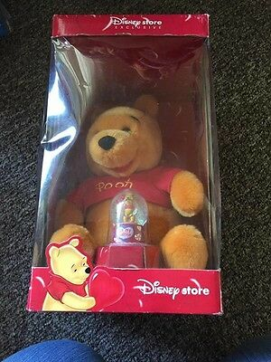 winnie the pooh limited edition Valentines Bear & Snow Globe  Collectors