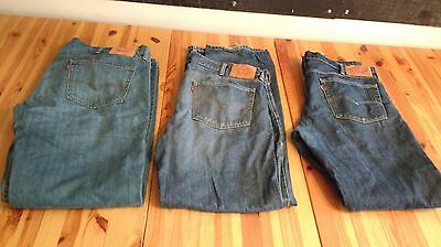 Lot of 3 Pairs LEVIS 559 Jeans Men's Size 38 x 34 Blue Denim Relaxed Distressed