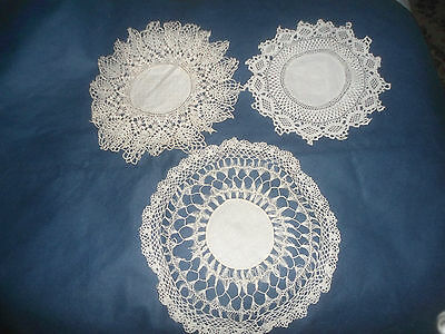 3 Very Pretty White Linen And Lace Doilies Set B