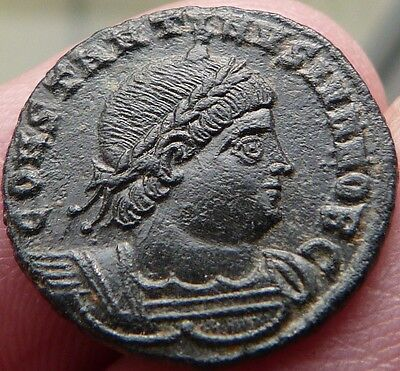 Nice Roman Coin 2 Standing Soldiers