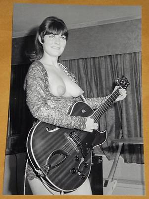 NUDE SEXY Pinup Ladybirds Girl Group Band Vintage PHOTO Big Boobs Busty 4x6 646