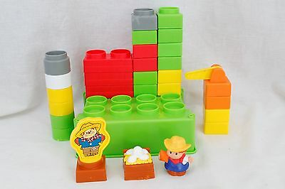 Fisher-Price Little People Builders Build 'n Carry Farm + Extra Pieces