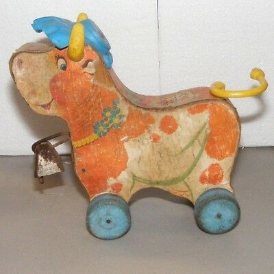 Fisher Price Bossy Bell Cow 1964 Version W/ Blue Hat & Wheels   Rare ?