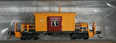 N scale BLUFORD Southern Pacific short roof caboose #1 --  NIB