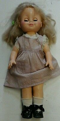 Dimpled Circa 70'S Vinyl Toddler Doll By Eegee Stamped Eegee Co 15 Wn&on Back