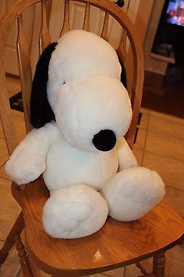 APPLAUSE PLUSH SNOOPY DOG Red Collar Peanuts Gang LARGE HUGE BIG 28 INCH SOFT!