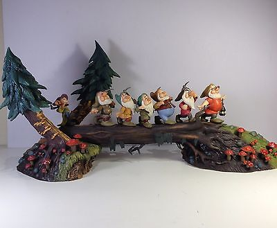 Disney WDCC HEIGH-HO HEIGH HO ! IT'S HOME FROM WORK WE GO Snow White w/ box RARE