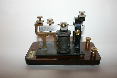 Vintage Signal Electric Mfg Co Telegraph Sounder Menominee Mich.