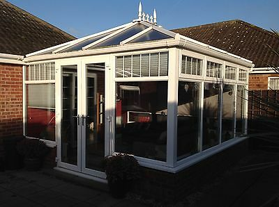conservatory 4x4 Insulted Very Good Condition