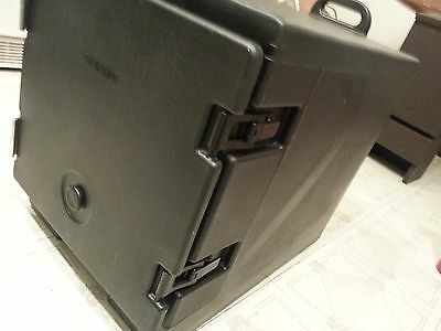 CAMBRO Camcarrier Insulated FOOD PAN Carrier NSF 300MPC Front End Loading Black