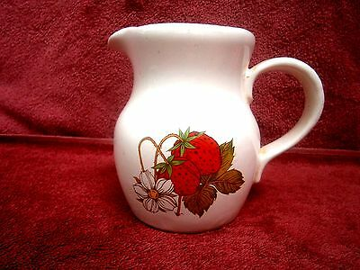 A  NICE  STRAWBERRY  DESIGN  PORCELAIN  MILK  JUG   MADE   IN TAIWAN  13cm.