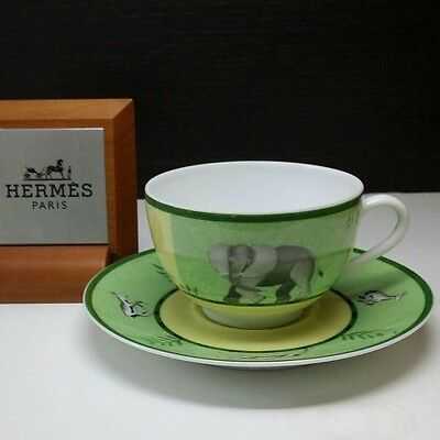 HERMES Porcelain Africa Green TEA Cup and Saucer Authentic New / Tazza thè