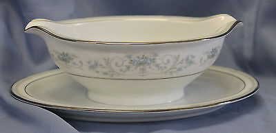 Noritake Colburn GRAVY BOAT WITH ATTACHED UNDERPLATE
