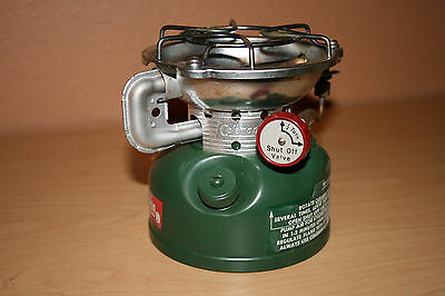 Coleman Sportster 502-700 Stove, Excellent Clean Condition Comes In Original Box