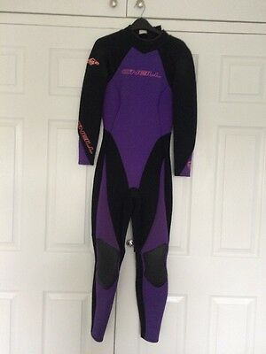 Ladies O'Neill Wetsuit Size 8