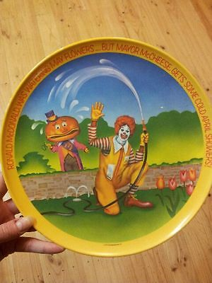 Vintage 1977 McDonald's Ronald & Friends Collector Plate retro collectable