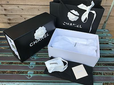 chanel box,carrier bag gift wrapping,box size  H9/L25/W16cm