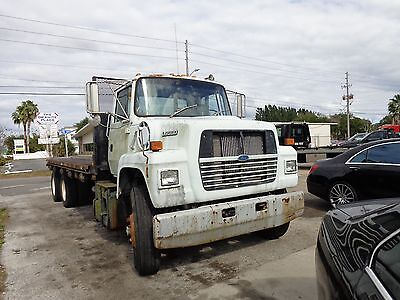 1991 Ford L9000 Flatbed Truck
