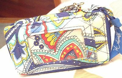 Vera Bradley All In One Wristlet EUC Marina Paisley