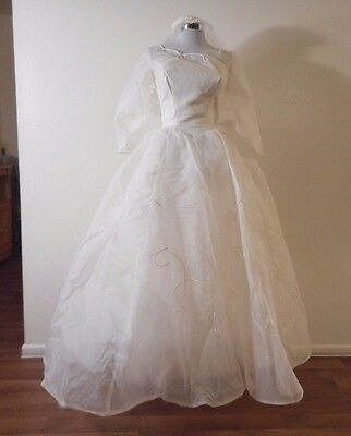 50s PRINCESS BRIDAL WHITE NETTED ORGANZA PUFFED & BUSTLE WEDDING GOWN & VEIL