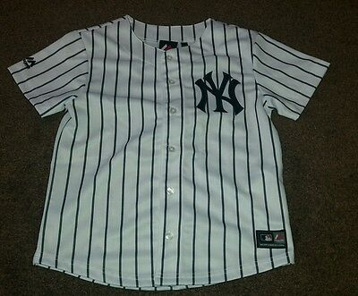 New York Yankees MLB Majestic Home Jersey , Age 8 / 10 Years.