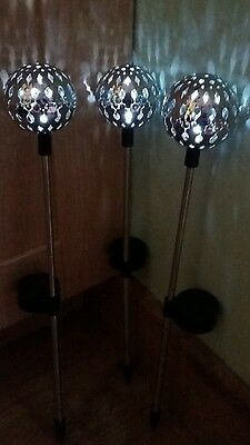 6 x Silver Moroccan Ball Solar Powered Stake LED Garden Lights/Bright White