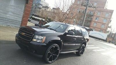 "2007 Chevrolet Tahoe  2007 Tahoe 2x4 RWD, 3 Rows, 26"" Wheels"