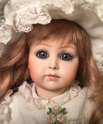 K*R Simon & Halbig 117 Reproduction Antique Composition Doll Beverly Brown 1983