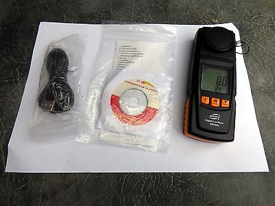A New Benetech Digital Lux Meter Gm1020 With Manual,usb Cable And Software