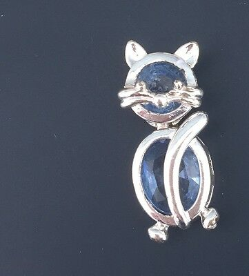 Adorable Vintage Crystal Cat With Movable  Pin In Silver Tone Metal