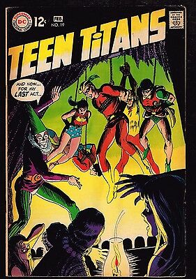 "Teen Titans #19 ~ ""Stepping Stones for a Giant Killer"" ~ (7.0) 1969 WH"