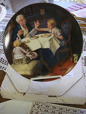 "NORMAN ROCKWELL PLATE ""The Gourmet"" 1985 Heritage Collection - EDWIN KNOWLES"
