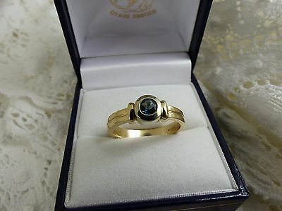 9ct Yellow Gold London Blue Topaz Solitaire Ring, size 'P'